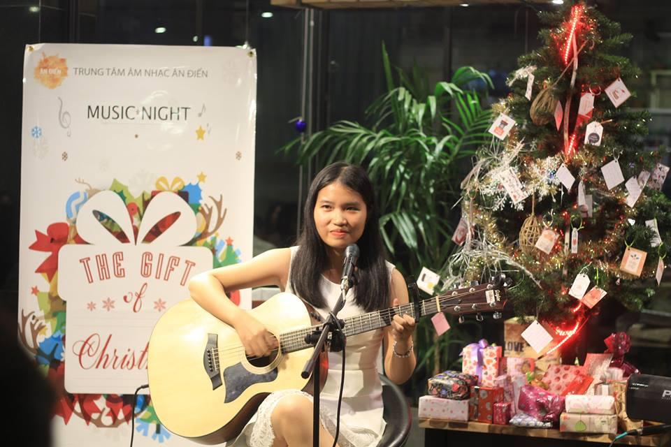 Khóa học đàn guitar đệm hát cơ bản ở tphcm