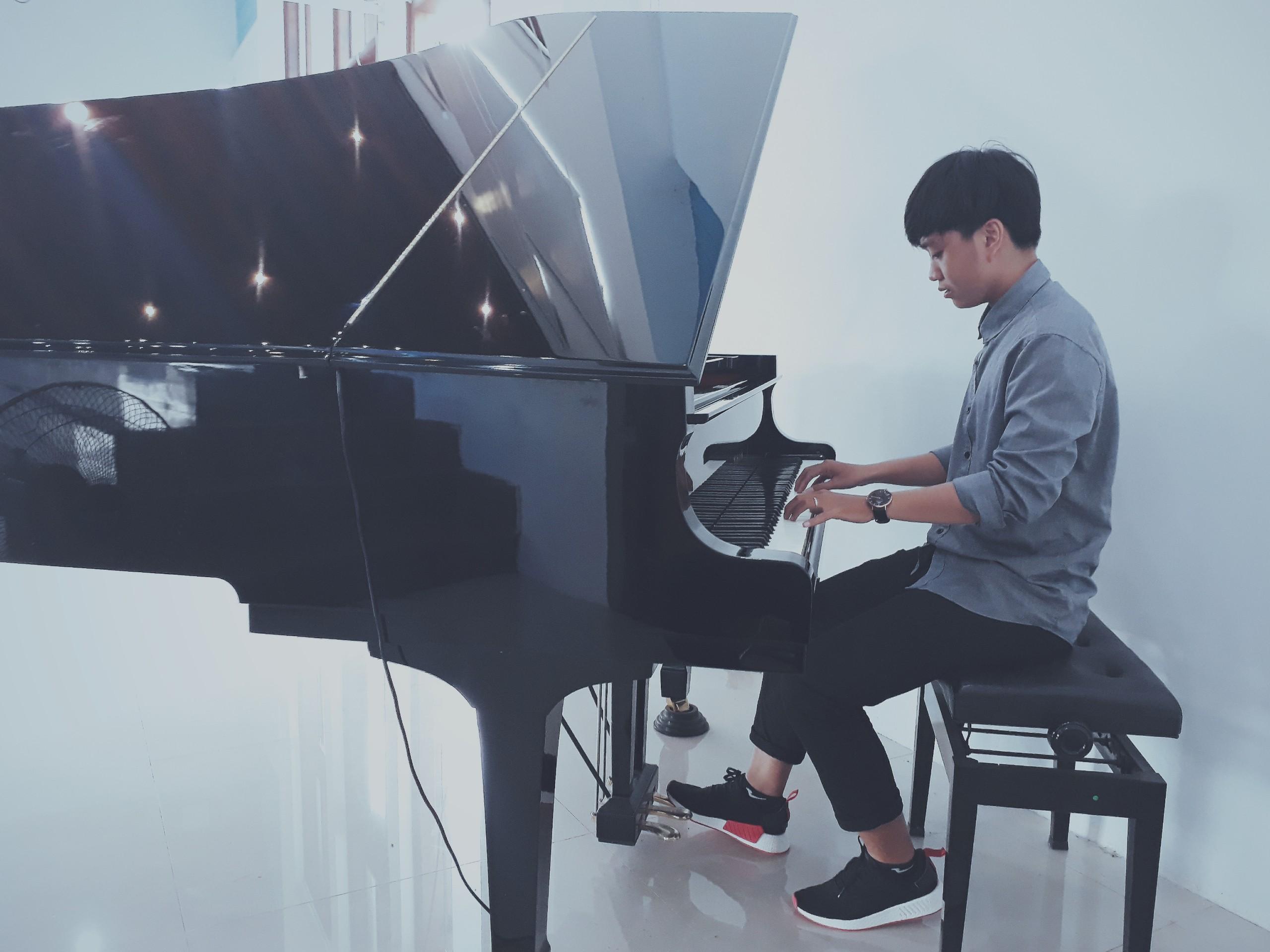 Lớp học piano cơ bản ở tphcm